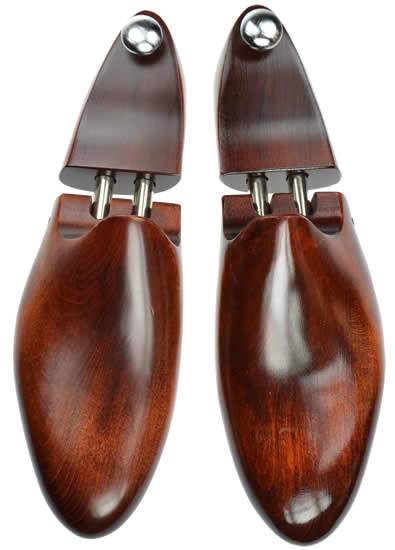 a191de808eec6 Dasco Lime wood shoe tree with a dark wood finish